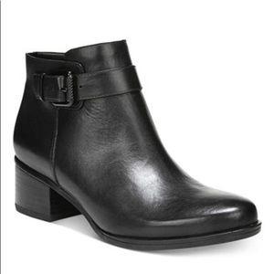 Naturalizer Dora Leather block heel booties 7